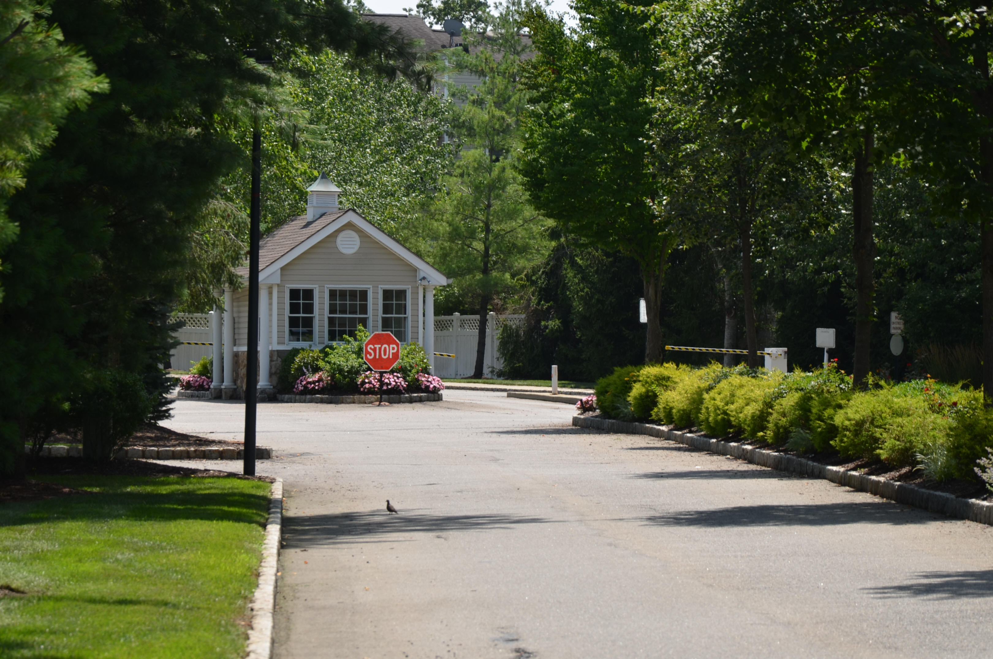 The Fairways At Livingston NJ. Townhomes And Apartments | Essex County NJ